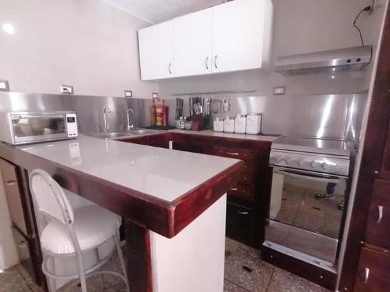 Casa En Venta Centro Barquisimeto Mf 20-104
