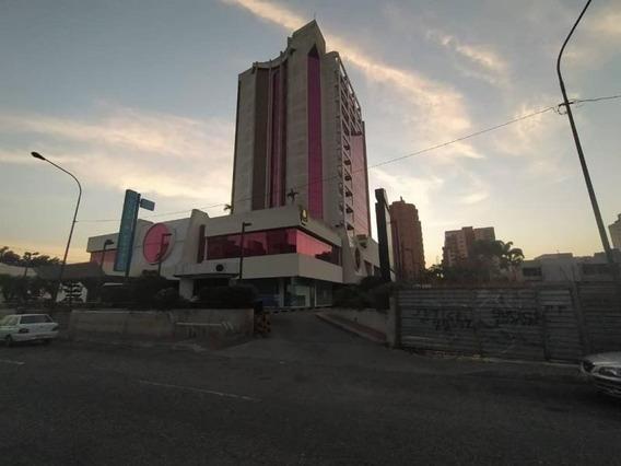 Local Comercial En Alquiler Zona Este Rahco
