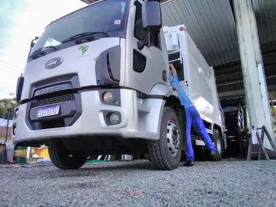 Locação De Caminhão Compactador 15m2
