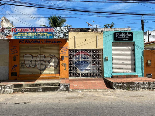 Casa Com Terreno E 02 Pontos Comerciais À Venda - 320m² - Lagoa Nova - Natal/rn - Ca0133