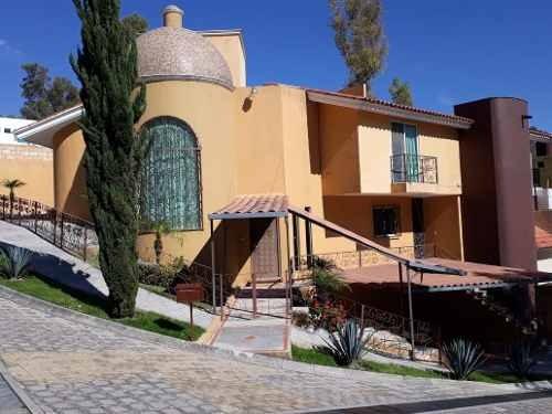 Casa En Residencial El Pedregal, 3 Recamaras, 4 Baños