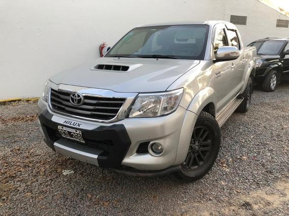 Toyota Hilux 3.0 Cd Srv Cuero 171cv 4x2. Vea El Video!!