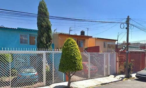 Imagen 1 de 10 de Venta De Remate Bancario Casa En Alcaldía Tláhuac Ah