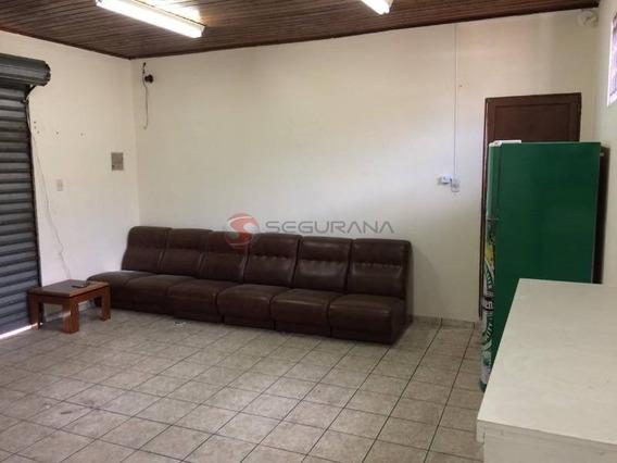 Salão Para Fins Comerciais Ou Um Studio Para Moradia - 1446
