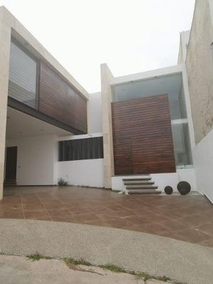 Casa De Lujo En Renta Amueblada Y Equipada En Lomas De Gran Jardín, León, Guanjuato