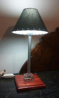 Velador / Lámpara De Mesa