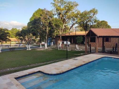 Linda Chácara Com 2 Casas 4 Quiosques Para Pesca  7904