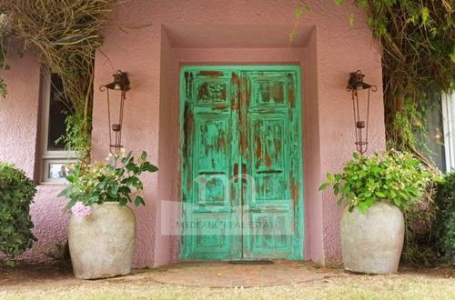 Preciosa Casa En Venta En El Quijote Chacras - Ref: 22