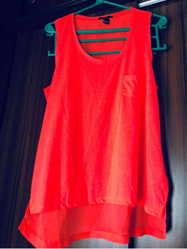 Musculosa Coral Flúor Forever21