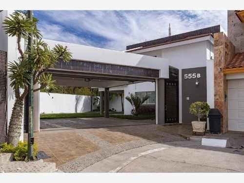 Casa En Venta En Fracc Colinas De San Miguel
