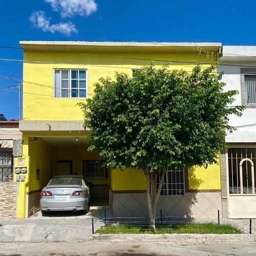 Imagen 1 de 9 de Bonita Casa En Venta