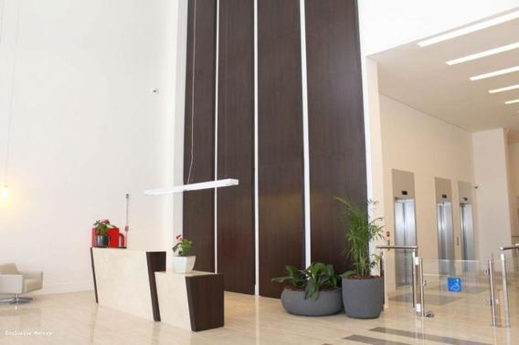 Sala Comercial Para Locação Em Bragança Paulista, Alugo Sala/consultório, Pronto Para Usar (porcelanato, Banheiro, Armários), 1 Banheiro, 1 Vaga - 4004