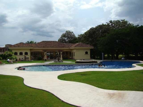 Alquiler Casa Independiente En Condominio En Santa Ana