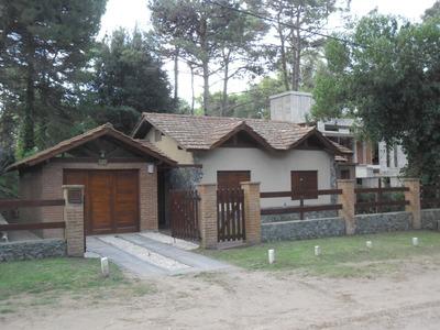 Casa 4 Ambientes En Venta Villa Gesell