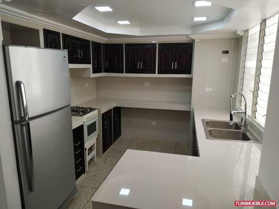 Apartamentos En Alquiler Resd. El Centro Vanessa 04243219101