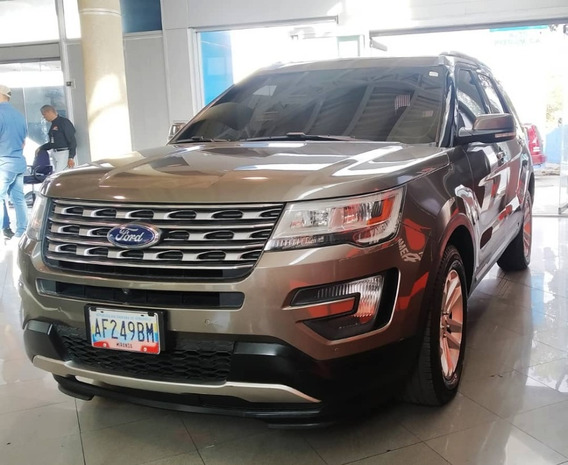 Ford Explorer 2016 Gris 4x4