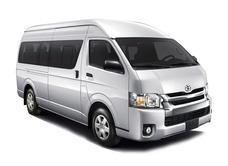 Renta Camioneta Economica Toyota Hiace 2019 De 15 Pasajeros