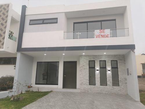 Imagen 1 de 28 de Venta De Casa En Valle Imperial