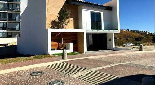 Casa En Fraccionamiento En Lomas De Angelópolis / San Andrés Cholula - Gsi-912-fr