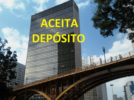 Sala Comercial No Centro De São Paulo Na Porta Do Metro