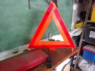 Triangulo De Seguridad Para Vehiculos