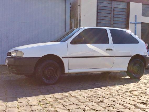 Volkswagem / Gol 2001 Branco / Ar Cond. / Vid. Eletrico