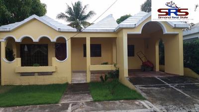 Vendo Esta Confortable Casa En Urbanización Hazim