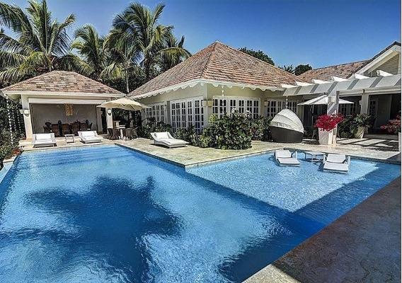 Hermosa Villa En Punta Cana 5 Habitaciones