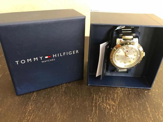 Reloj Tommy Hilfiger Con Extensible Metalico.