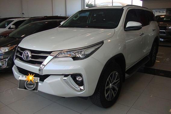 Toyota Hilux Sw4 7 Lugares 2020 ( Condição Especial )