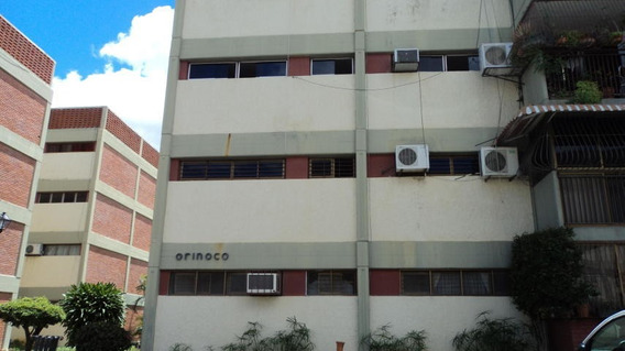 Apartamento En Venta Bararida Barquisimeto Lara 20-2155