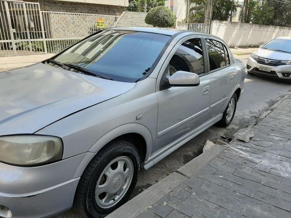 Astra 1.8 Mpfi Millenium Ii Sedan 8v Gasolina 4p Manual 2000