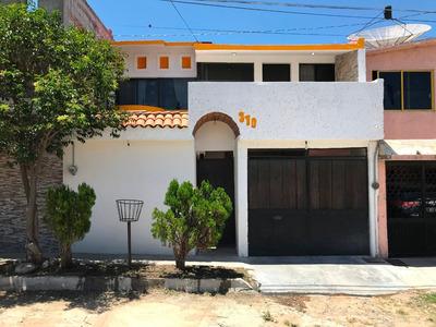 Se Renta Casa En Nuevo San Juan, Cerca De La Uaq, Hospitales