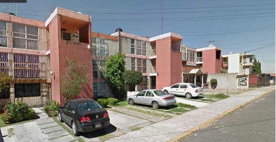 Casa En Remate Bancario, Ubicada En Jardines De La Cañada