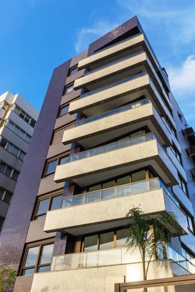 Apartamento Em Petrópolis Com 3 Dormitórios - Rg1391