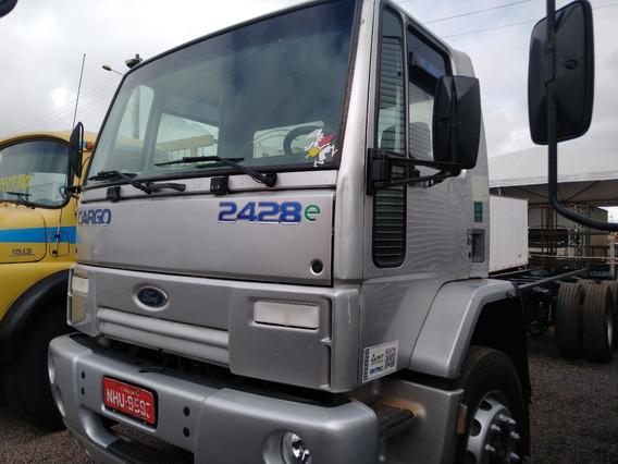 Cargo 2422/08 Prata 6x2 Chassis