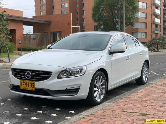Volvo S60 Momentum T5