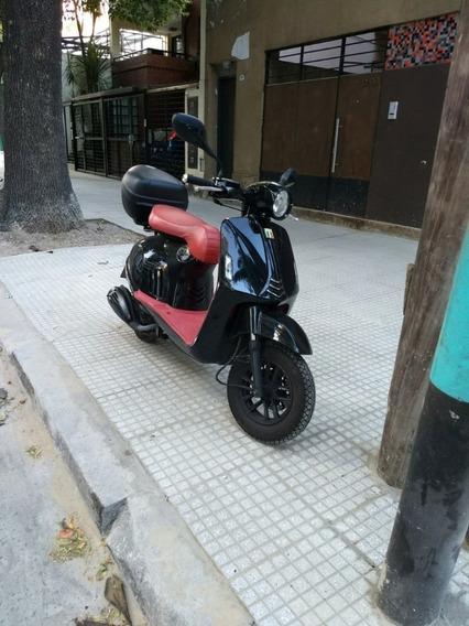 Zanella Styler Prima 150cc Scooter Automatico 2019 Capital