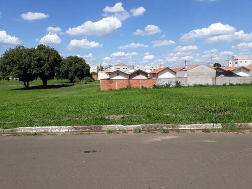 Imagem 1 de 3 de Terreno À Venda, 328 M² Por R$ 190.000,00 - Centro - Saltinho/sp - Te1017