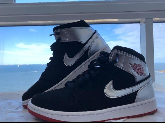Tenis Nike Air Jordan 1 Mid