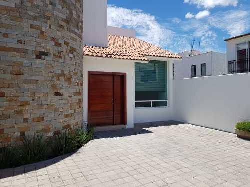 Casa En Renta Amueblada En Privada Juriquilla (da)