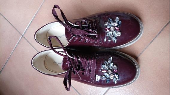 Zapatos Acordonados De Charol Zara