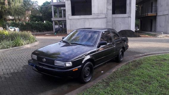 Nissan Sentra Nissan B13