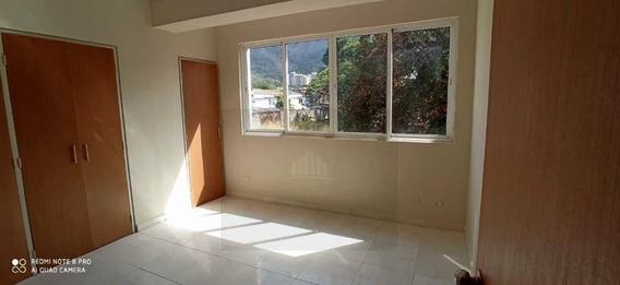 Apartamento En Res Titanium Suites, Trigal Norte. Lema-489