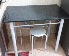 Vendo Mesa Com Tampo De Mármore Preto Para Cozinha Retangula