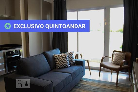 Apartamento No 7º Andar Mobiliado Com 1 Dormitório E 2 Garagens - Id: 892970589 - 270589