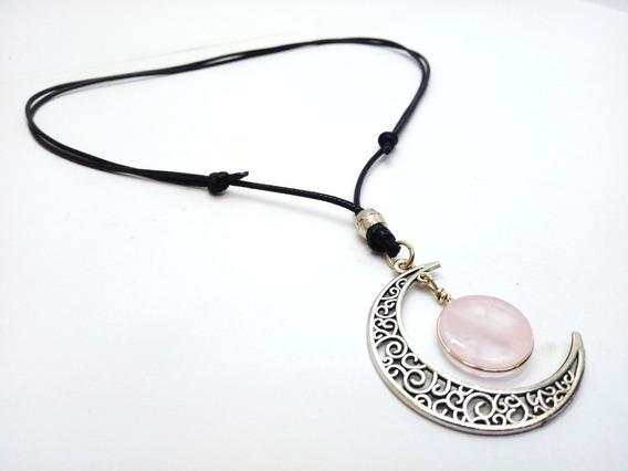 Colar Hippie Lua Crescente Botão Pedra Natural Quartzo Rosa