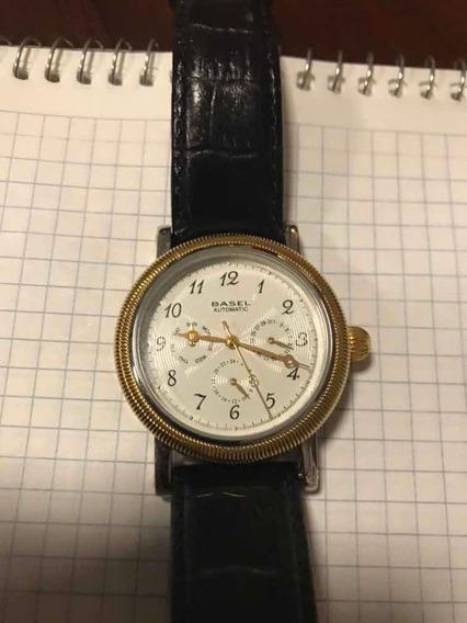Reloj Basel Automático Tres Esferas Tapa Esqueleto Piel