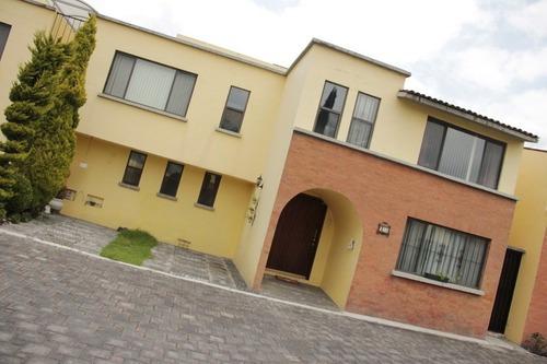 Casa En Residencial Santa Cecilia, Metepec, Estado De México