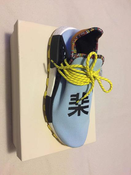 Tenis adidas Pharrell Williams Solar Hu Aero Blue.